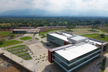 Sika cool roof applied on on office building in Colombia